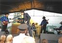 Megashow na fotlabovém hřišti 2001 - imitátor E. Presleyho